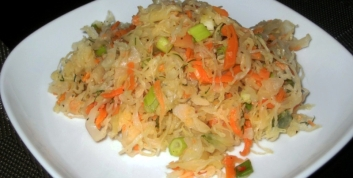 sauerkraut-salad-pic-001-1024x768